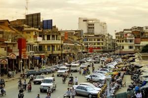 cambodia_busy-phnom-penh-street